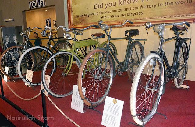 Sebagian koleksi sepeda