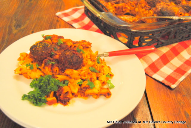 Italian Meatball Casserole at Miz Helen's Country Cottage