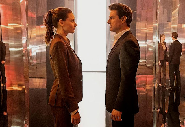 Rebecca Ferguson and Tom Cruise in Mission: Impossible - Fallout
