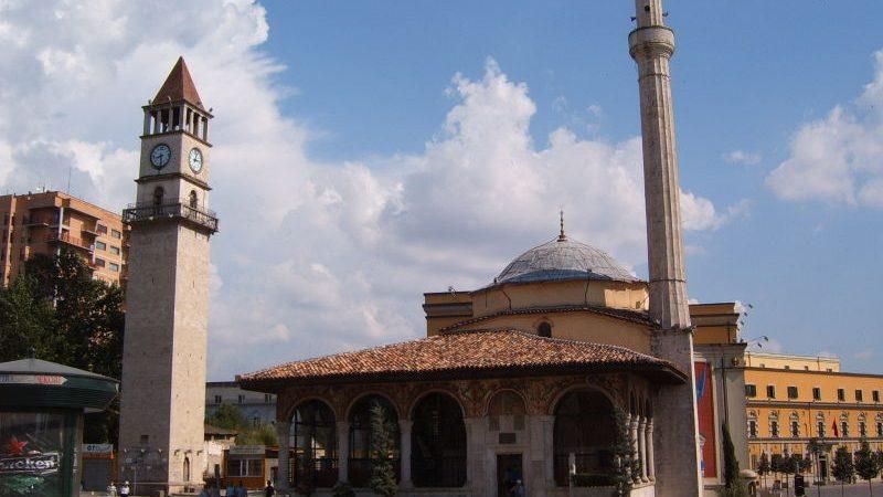 Ισλαμικό τέμενος στην Αθήνα: Η κυβέρνηση ζητά τη γνώμη σας