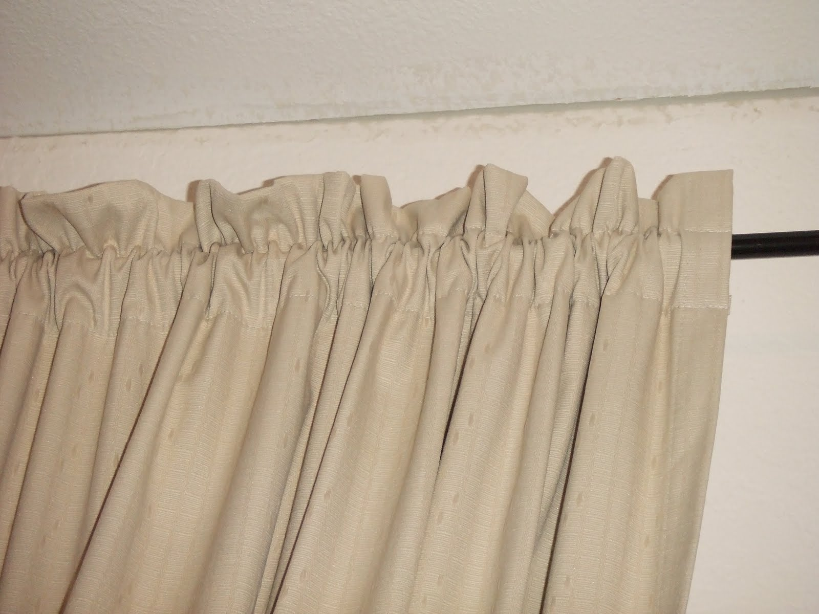 Mommy in the Making: DIY No-Sew Curtains