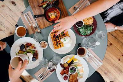 Aprender a adelgazar comiendo (Foto Pixabay)