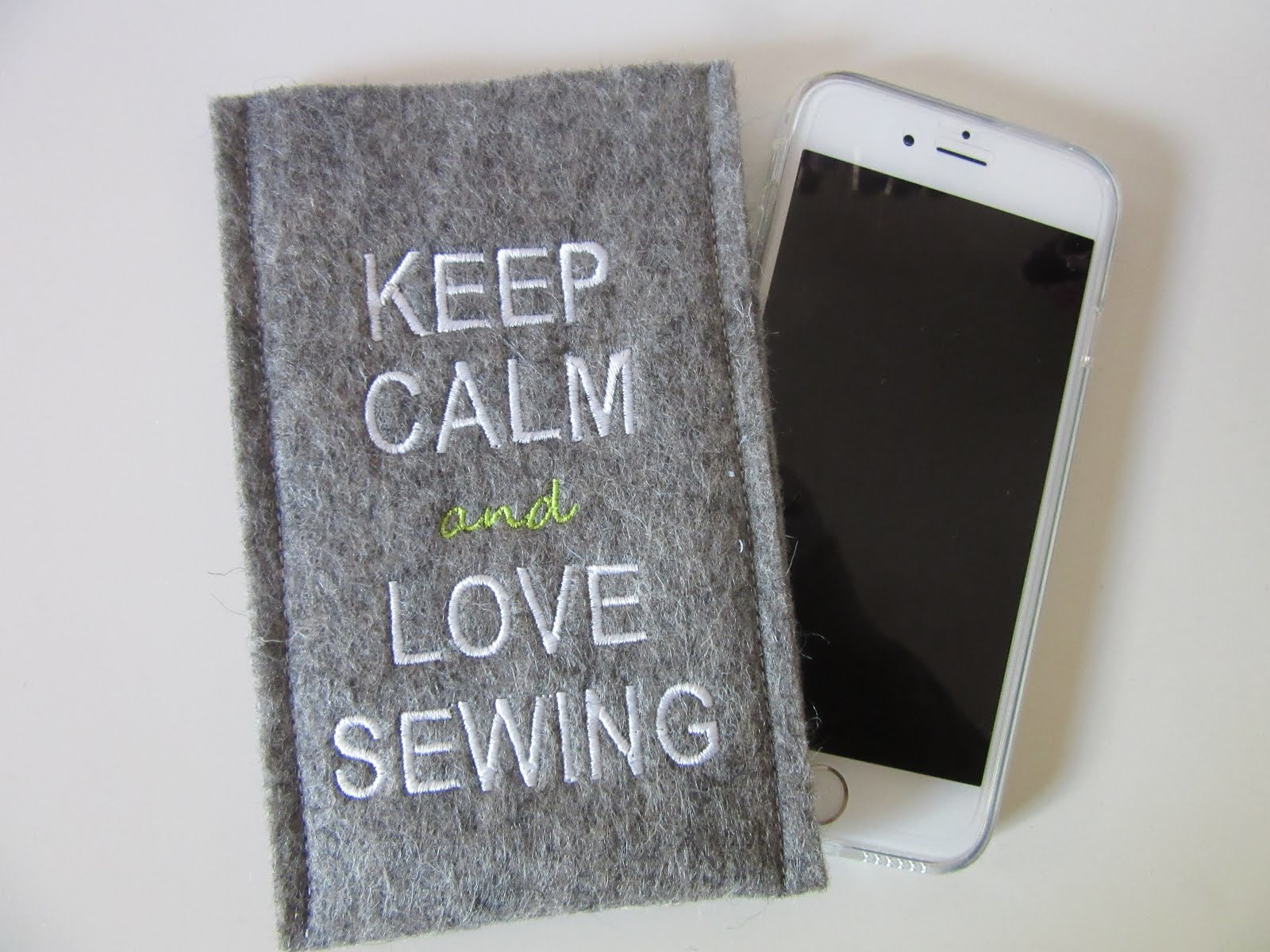 KEEP CALM & LOVE SEWING