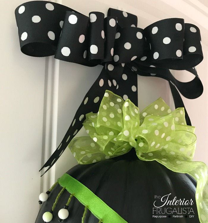 DIY Halloween Pumpkin Door Hanger Layered Bow Topper
