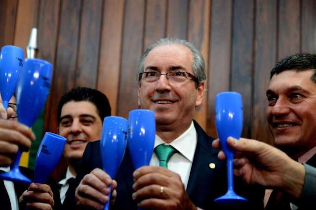 A MANOBRA EM DEFESA DE EDUARDO CUNHA