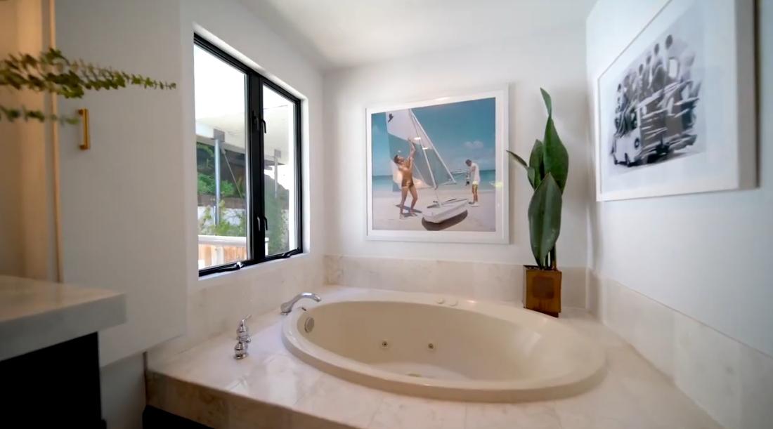 18 Interior Design Photos vs. 9831 Yoakum Drive, Beverly Hills, CA Luxury Home Tour