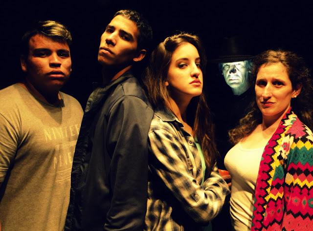 El terror llegó al Distrito de las Artes con LA CASA ACHE, una obra de suspenso que todos los sábados sube a escena en La Boca