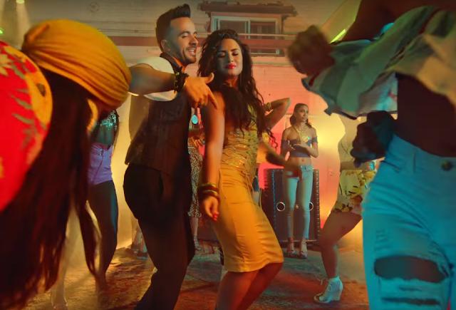 """Échame La Culpa"" piosenką roku na Latin American Music Awards!"