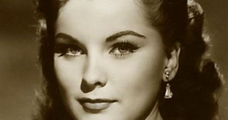 B Movie Babes 64 Triple Feature Debra Paget Lisa Gaye