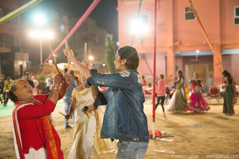Viraat Bhajan Sandhya & Garba Night by Kinnar Samudaay.
