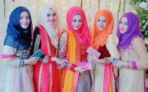Inilah 5 Wanita Berjilbab Bersaudara Asal Thailand Yang Bikin Galau