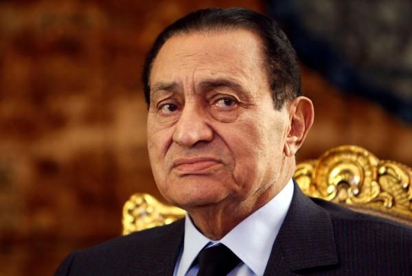 الأسباب الحقيقية لوفاة حفيد مبارك رئيس تحرير جريدة الجمهورية الأسبق يكشف: الطفل لم يكن مريضًا كما أشيع