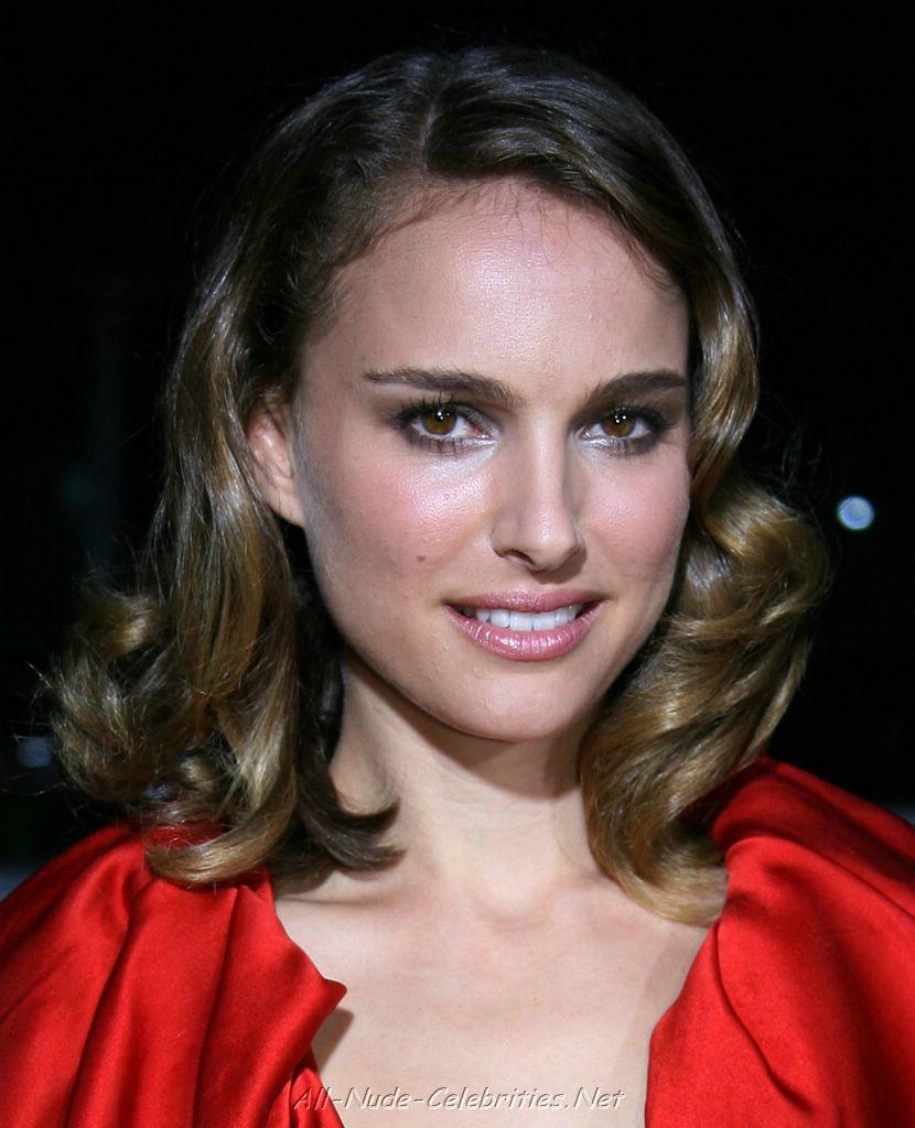 Natalie Portman Natalie Portman Cleavage