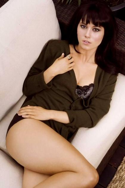 Mary Elisabeth Winstead hot