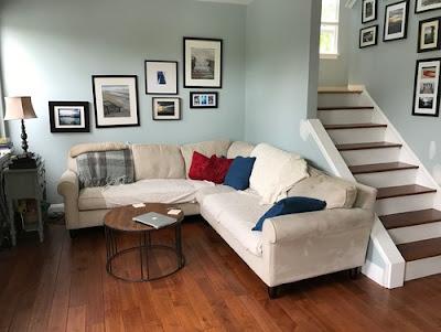Ruang Keluarga Sempit