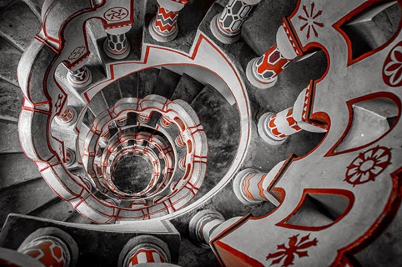 "6. ""Follow the Red"" – Laszlo Gal - 15 Mesmerizing Examples of Spiral Staircase Photography"
