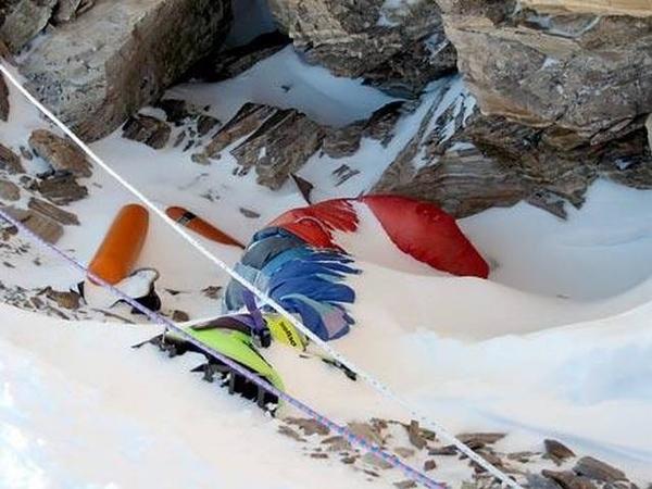 Mount Everest Green Boots