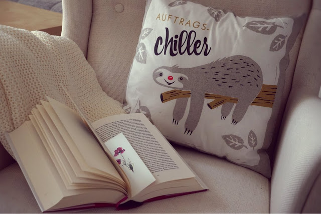 Bookish Chill Out Area www.nanawhatelse.at