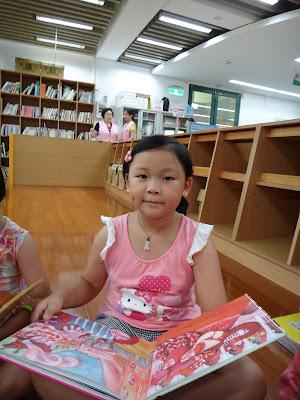 燦爛笑容的向日葵女孩: 2013/7/17新北市立圖書館石門分館:跟著圖畫書環遊全世界~法國之旅