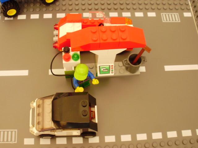 Estação de Serviço - MOD Sets LEGO City 3177 e 5898 Basic