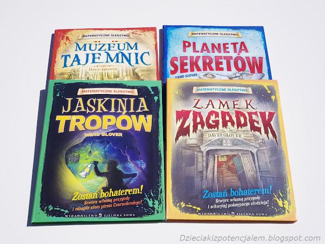 okładki książek z serii Matematyczne śledztwo:Muzeum Tajemnic, Jaskinia tropów, Zamek Zagadek, Planeta Sekretów