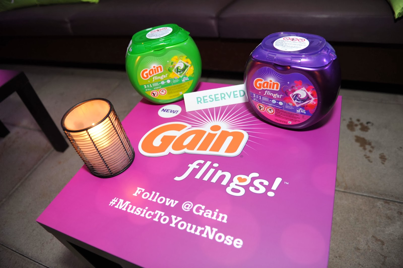 Gain Flings!, @Gain, #MusictoYourNose, #MusicaParaTuNariz, Table Display Empire Hotel New York City