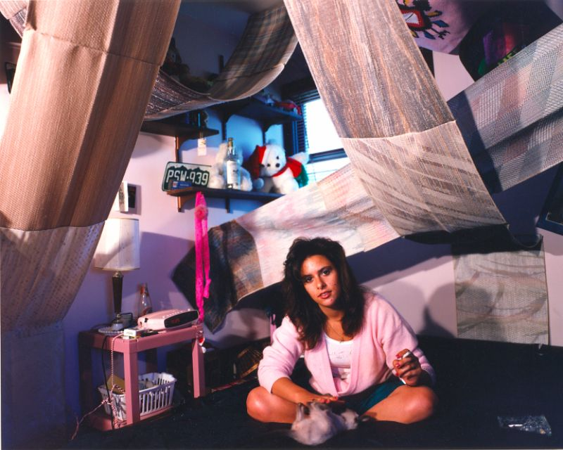 18 Nostalgic Photos of '90s Teenagers in Their Bedrooms ... on 90 Room  id=55310