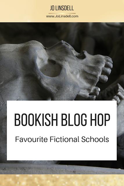 Bookish Blog Hops: Favourite Fictional Schools (1st October 2018)