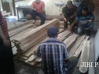 Tebang 2 Pohon Jati di Hutan, Warga Pulung Ditangkap Polisi