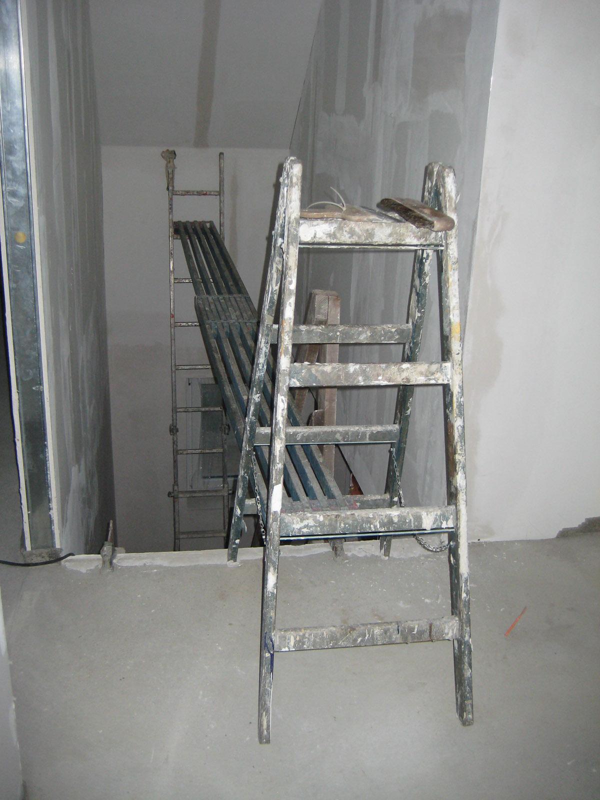 Tapete Treppenhaus treppenhaus tapezieren ideen design