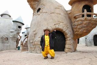 Kingdom Of Litte People: Kerajaan Kecil yang Dihuni Oleh Pengidap Dwarfisme
