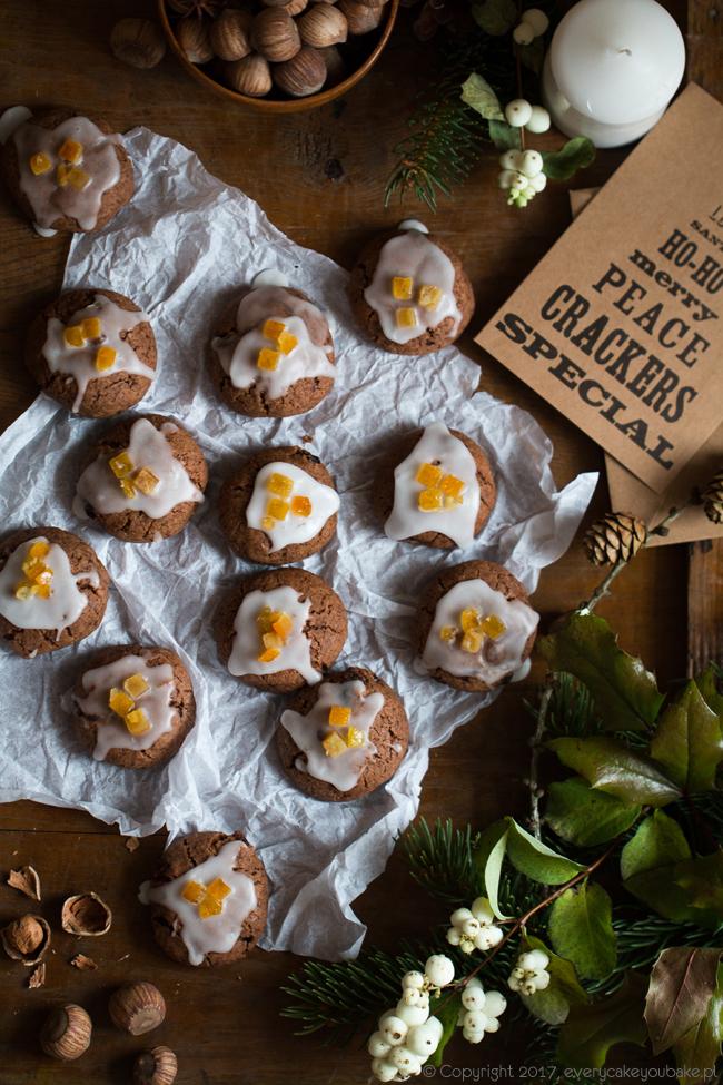 kruche świąteczne ciastka korzenne z Jerozolimy