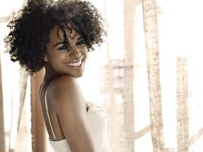 Natural Hair Celebrity- Laura Izibor