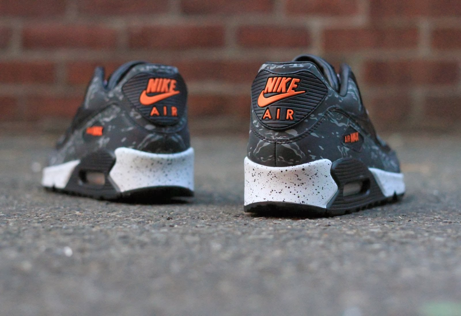 e243fecb9a VIA: A handful of US retailers will be blessed with the atmos x Nike Air Max  90 Premium Camo pack, including the
