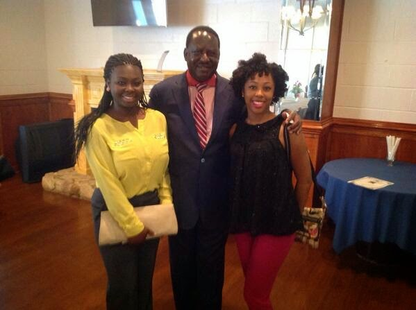 raila with cute ladies