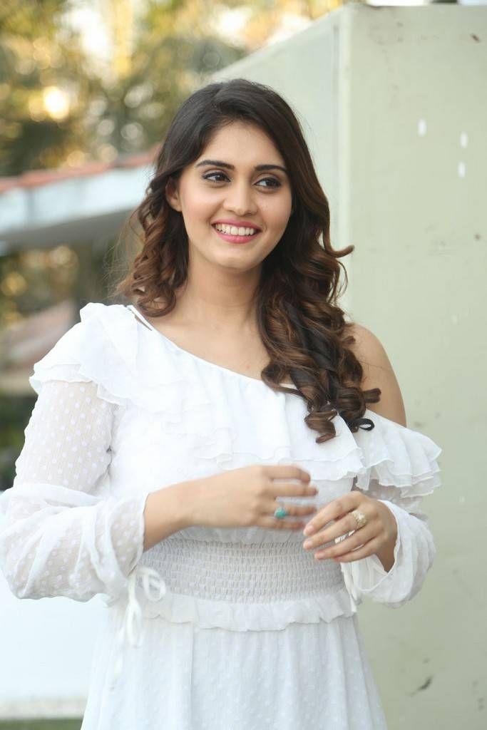 surabhi at okka kshanam movie, surabhi photo shoot, surabhi latest photoshoot,chai samosa