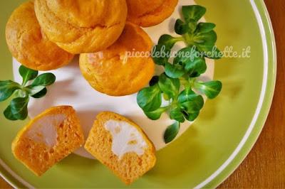 Foto Ricetta muffin al pomodoro con cuore di cavolfiore per bambini