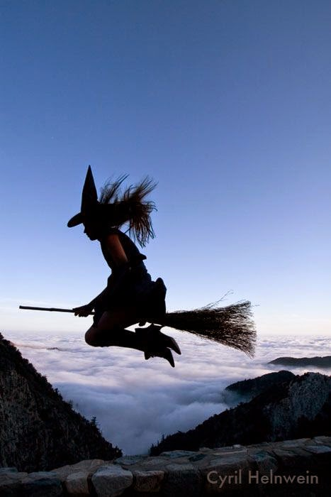 http://lunaswitchescloset.blogspot.com/2012/07/the-witches-broom.html