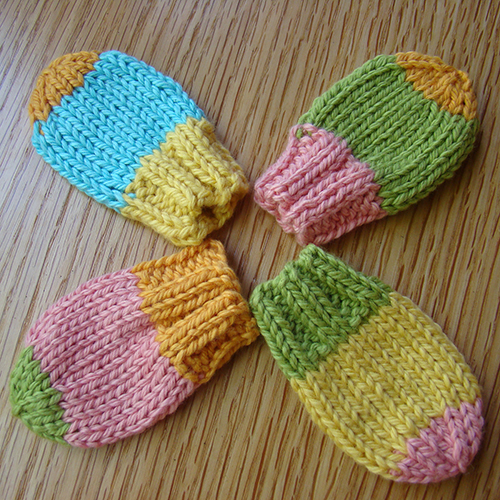 Baby Mitts Free Knitting Pattern