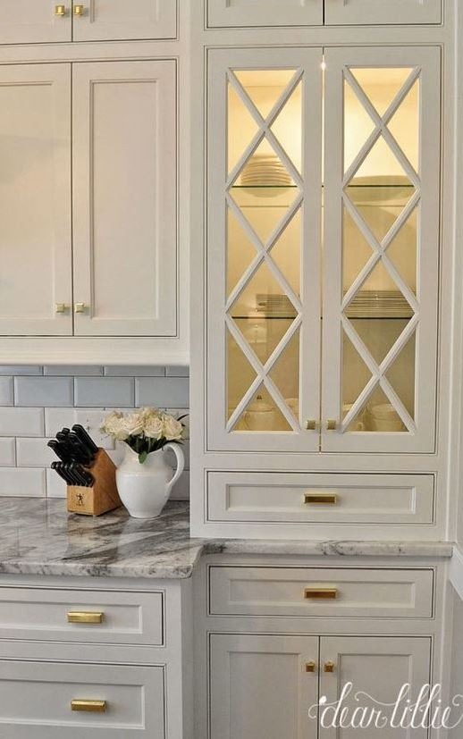 A Classic and Timeless White Kitchen