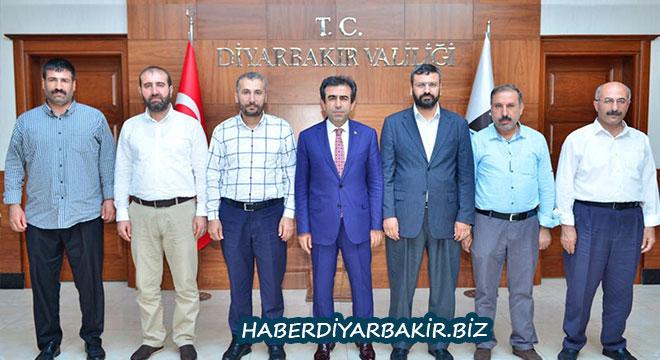 DİMED'den Diyarbakır Valisi Hasan Basri Güzeloğlu'na hayırlı olsun ziyareti
