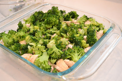 A delicious and easy casserole with layers of rice, chicken, bacon and broccoli. Life-in-the-Lofthouse.com