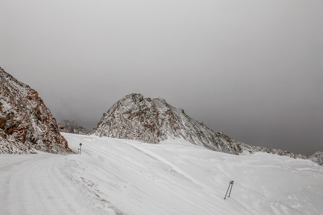 Stubaital - Vom Eisjoch zur Dresdner Hütte Gletscherpfad und Gletscherweg  Wanderung-Stubaital  Wandern-Tirol 06