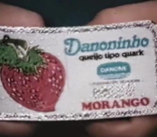 Propaganda do Danoninho nos anos 70: diálogo curioso entre pai e filho.