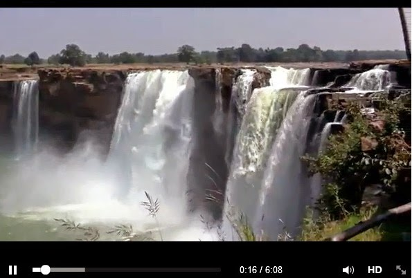 http://www.funmag.org/pictures-mag/around-the-world/chitrakoot-falls-the-indian-niagara-falls/