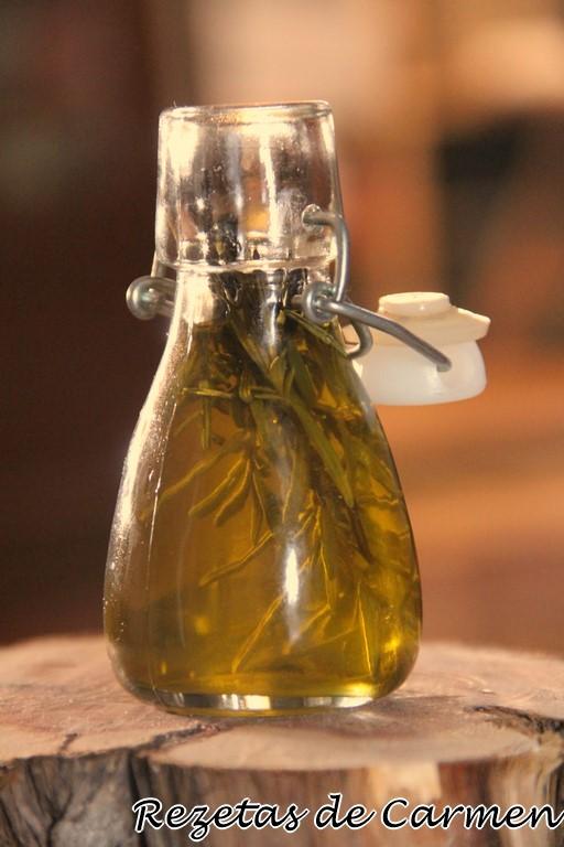 Aceite aromatizado al romero