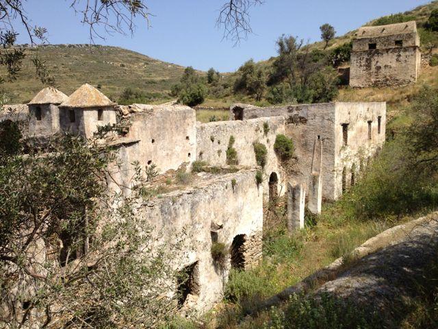 Caminhada até o Monastério de Kalamitsia, Naxos