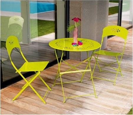 buz in top 5 mobiliers de jardin pas cher chez maison facile. Black Bedroom Furniture Sets. Home Design Ideas