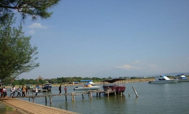 Wisata Pantai Marina Kota Semarang