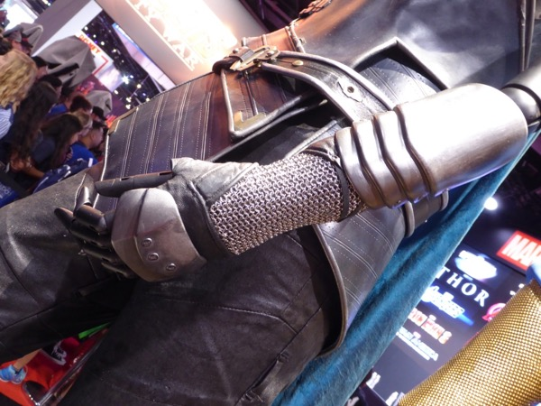 Valkyrie Thor: Ragnarok gloves